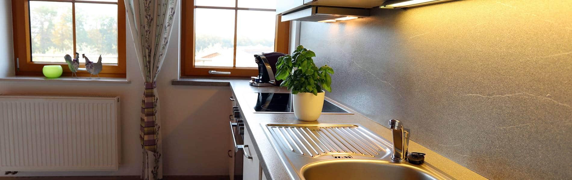 ferienwohnung-lavendel-küchenzeile